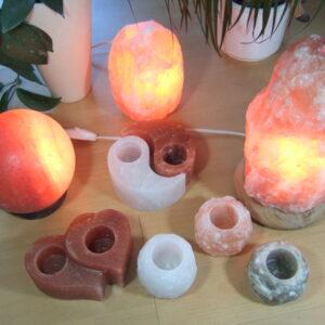 Salzstein Lampen und Teelichter